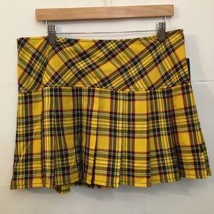 NWT! Yellow plaid mini skirt